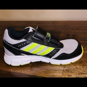 Boys Adidas grey shoes size 8k